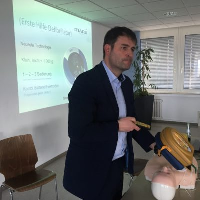 """Frank Marx referiert zum Thema """"HerzSicher"""" u.a. auch das Thema Defibrillator"""
