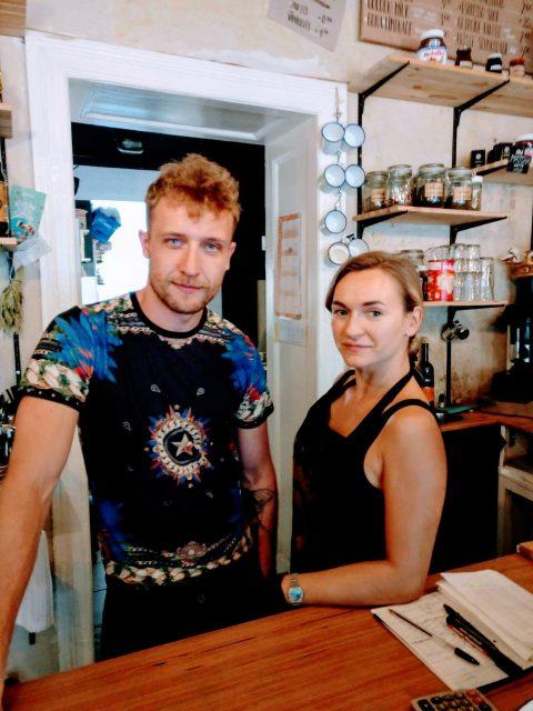 """HerzGesund zu Besuch in einem besonderen """"Coffee & Deli"""" in Berlin"""